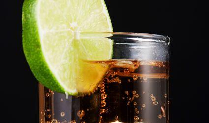 Easy Pyrat Summer Tea Cocktail Recipe