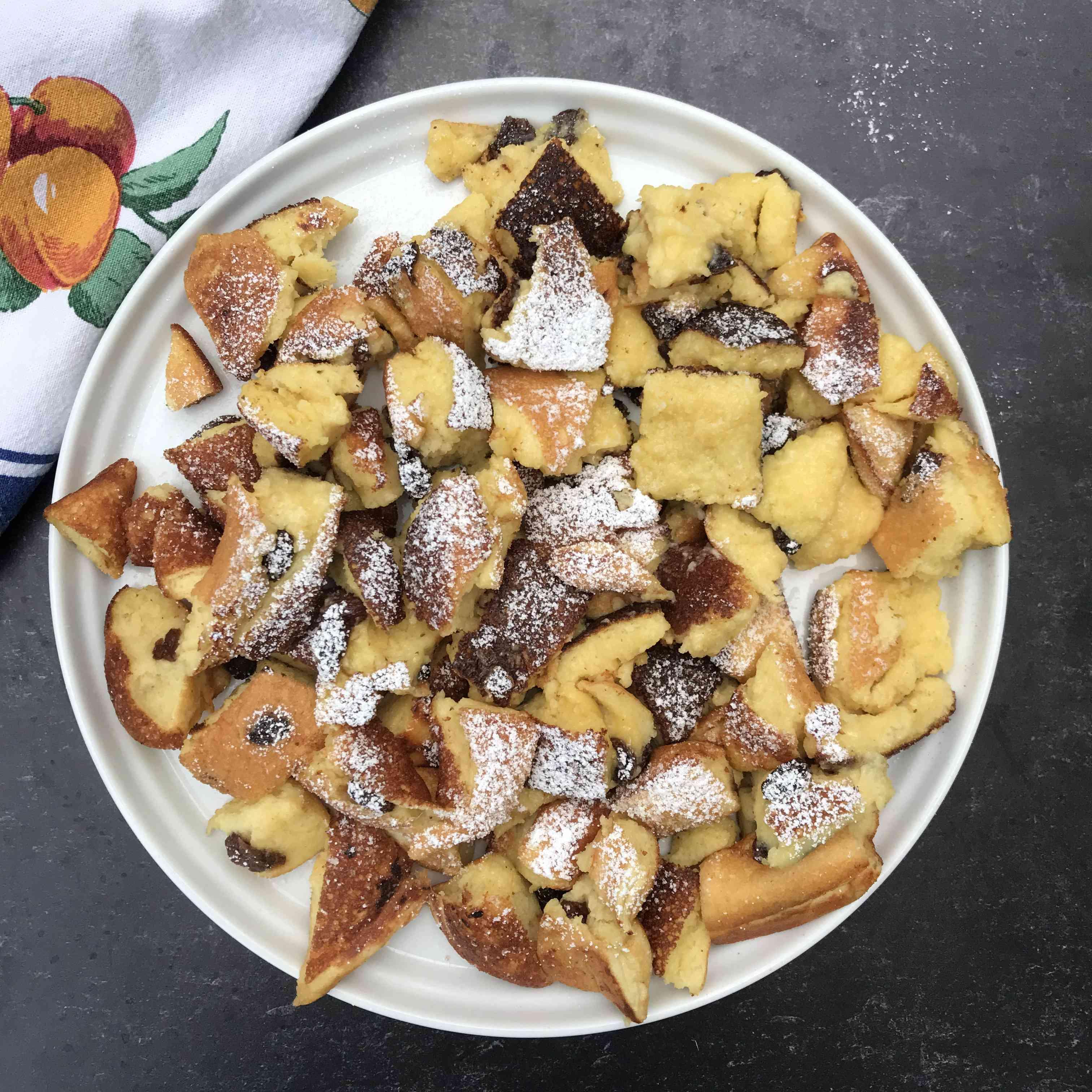 Austrian Pancakes With Raisins (Kaiserschmarrn) Tester Image