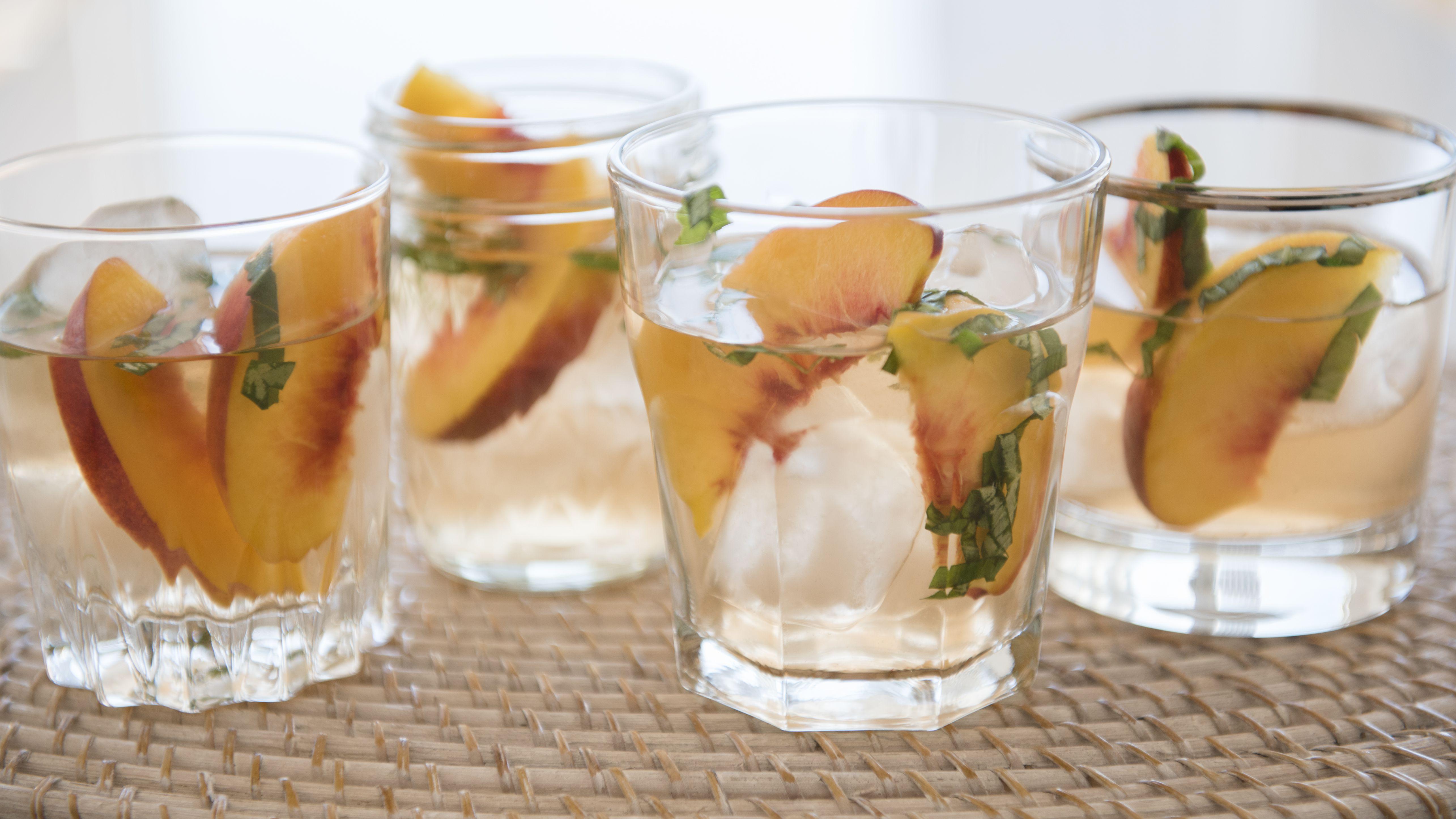 Homemade Peach Liqueur Recipe