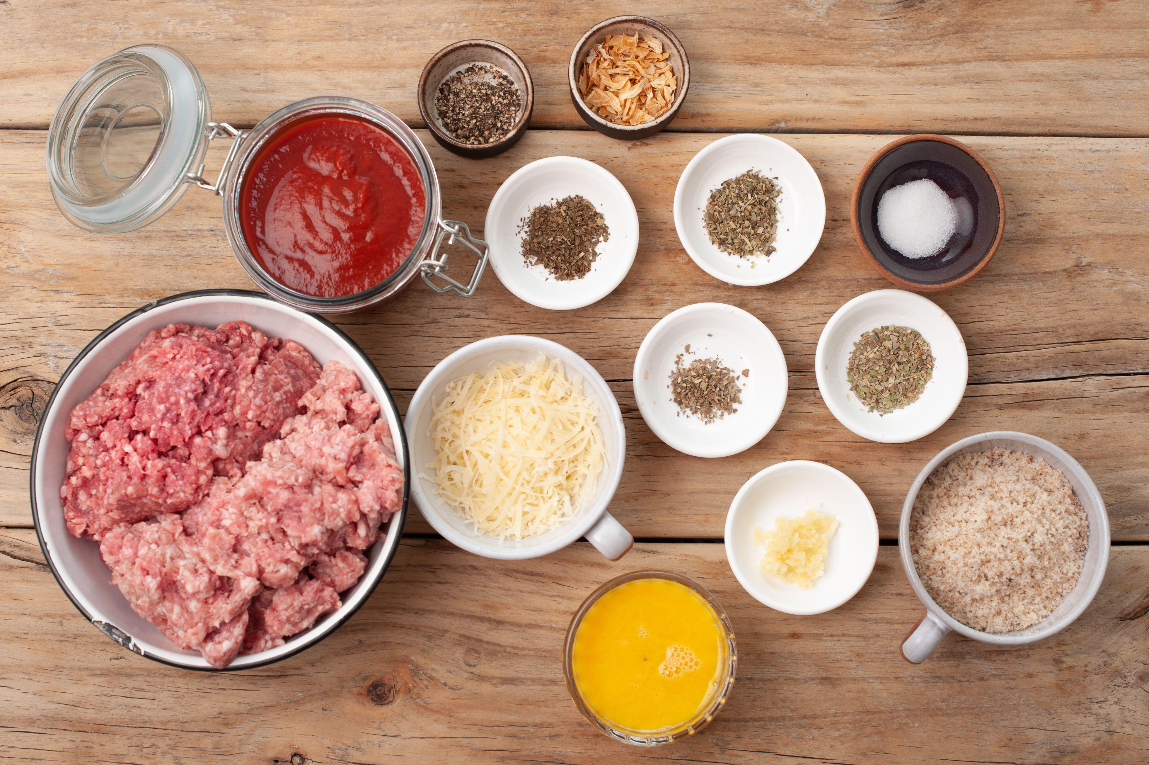 Ingredients for Italian meatloaf