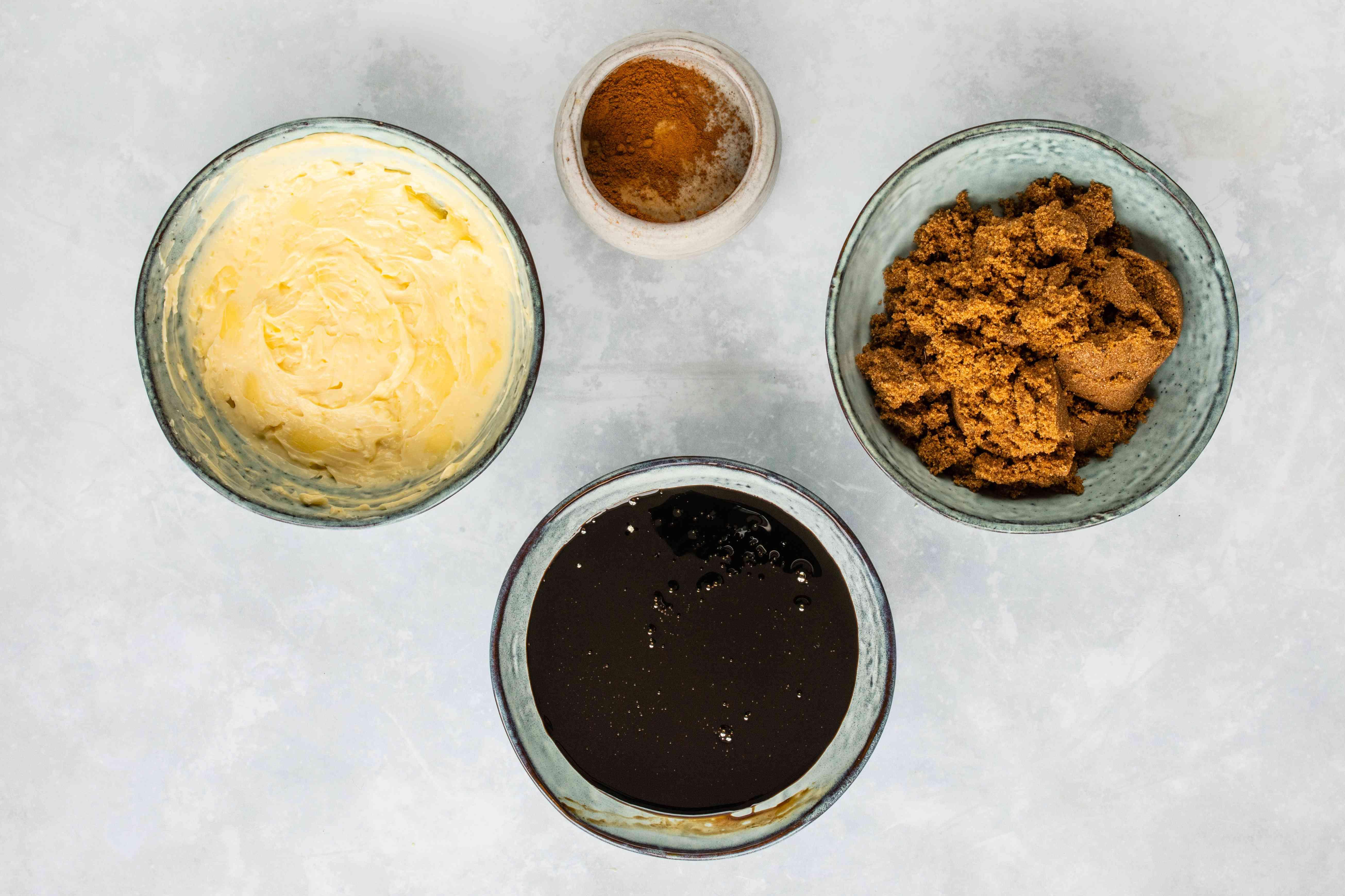 Ingredients for stroopfwafel filling