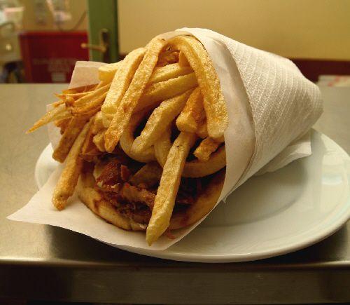 One gyro sandwich, ready to eat!