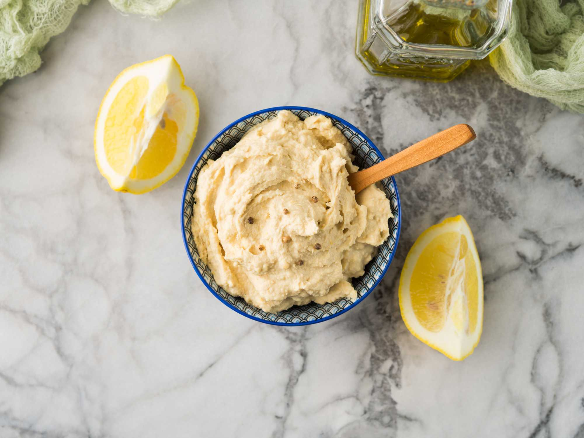 Lemon and Garlic Hummus