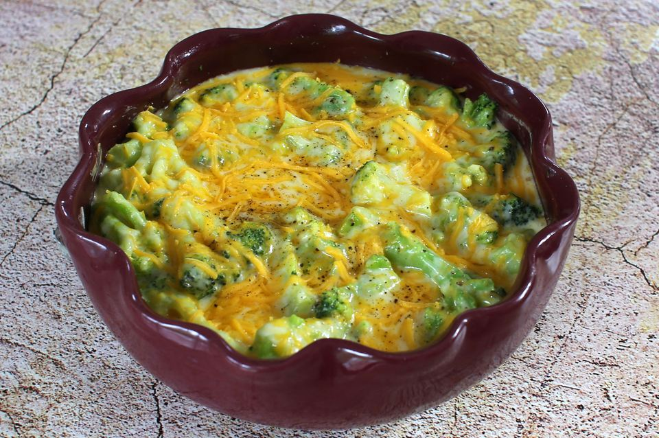 Broccoli with Easy Cheese Sauce