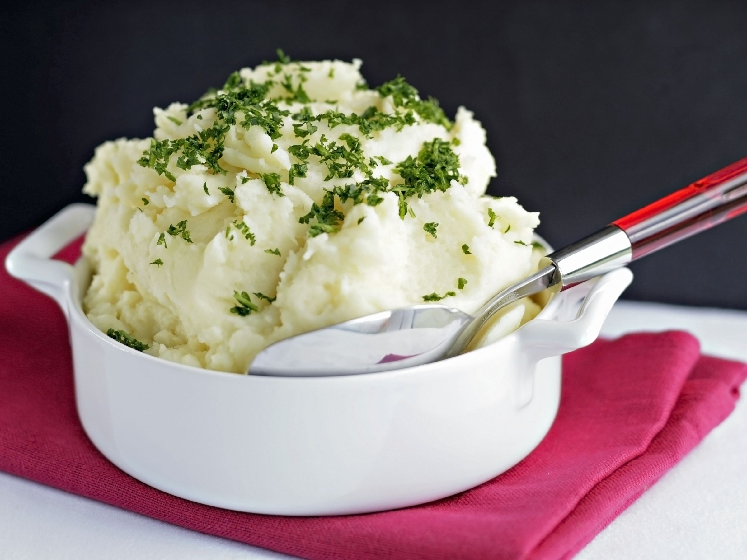 The Difference Between Riced And Mashed Potatoes