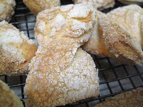 Jewish Bow Tie Cookie or Egg Kichel