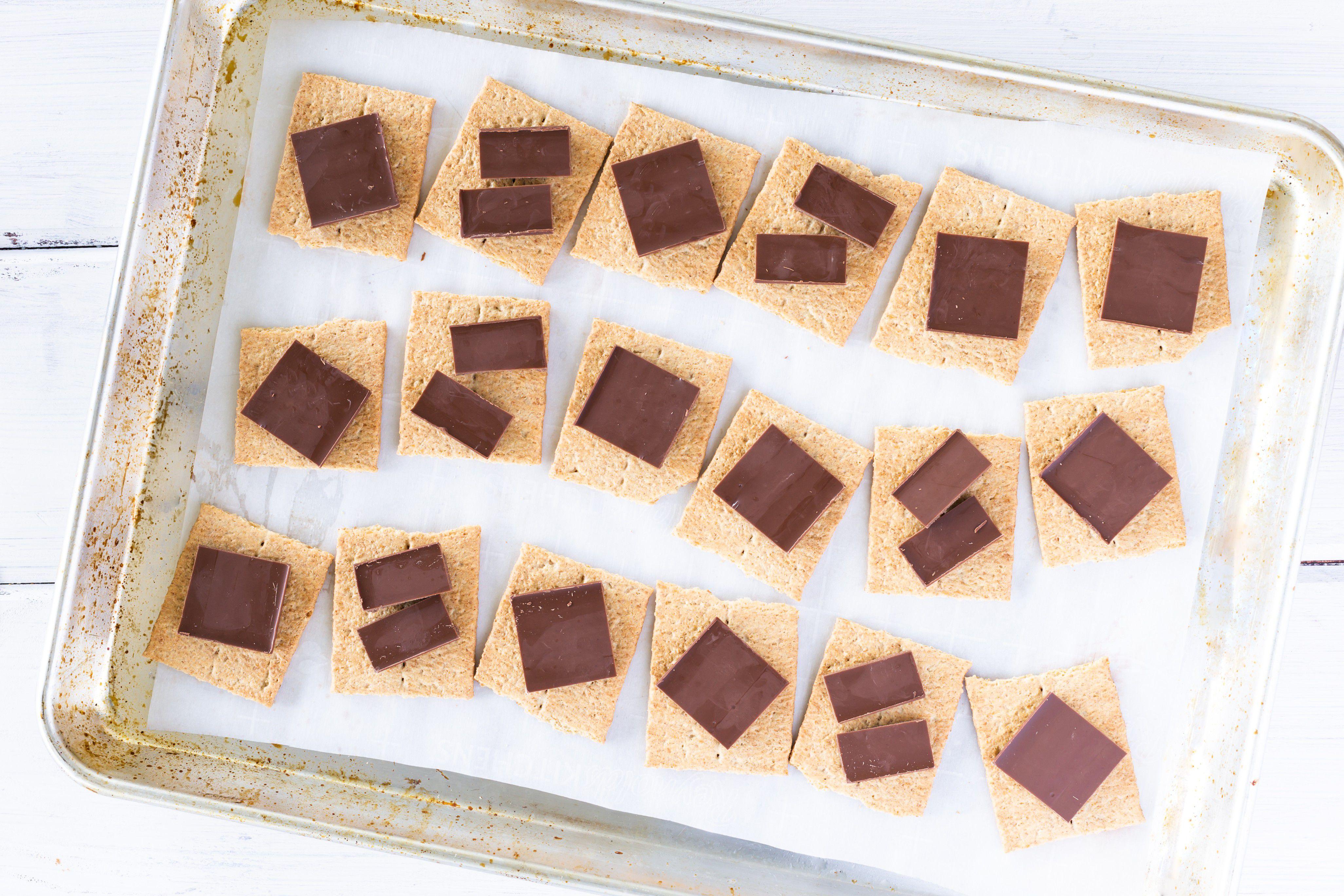 put chocolate on graham crackers