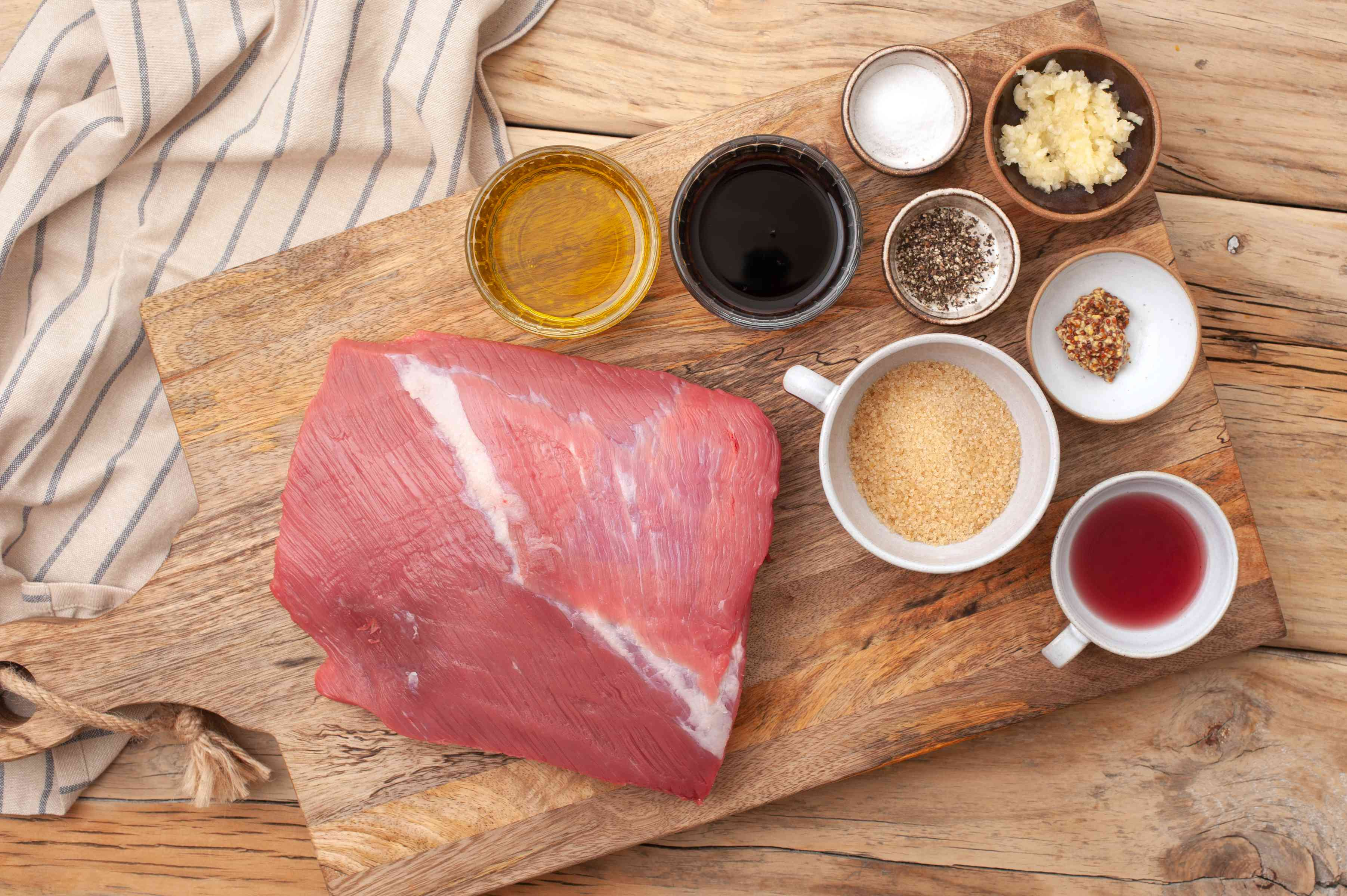 Ingredients for best grilled marinated flank steak
