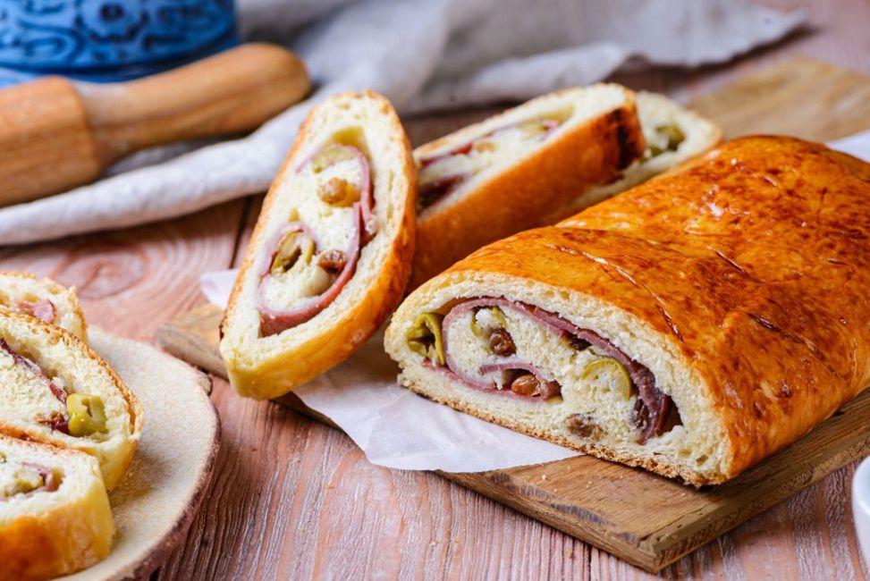 Venezuelan Ham and Olive Bread (Pan de Jamón)