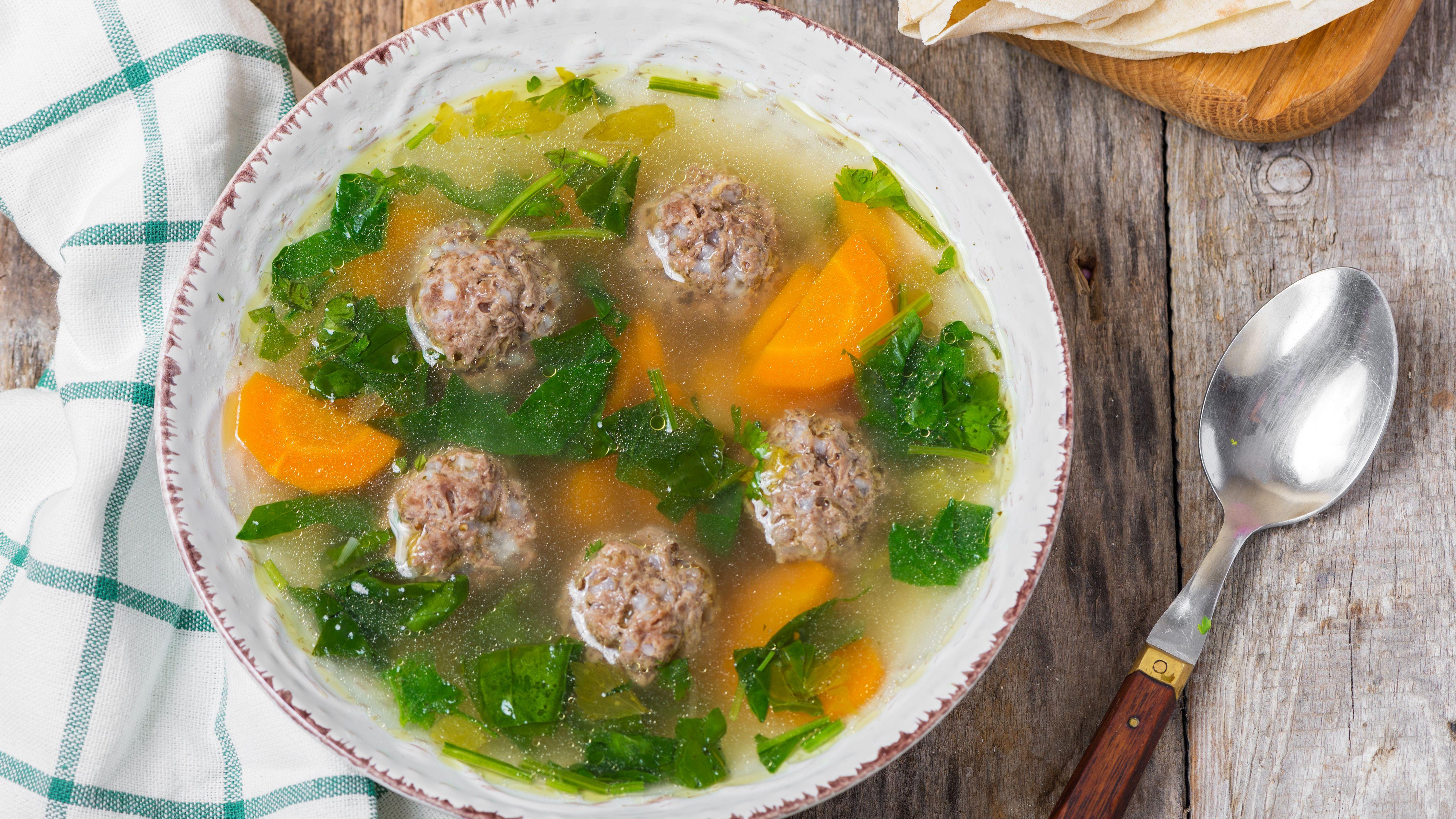 Mexican Meatball Soup Caldo de Albóndigas