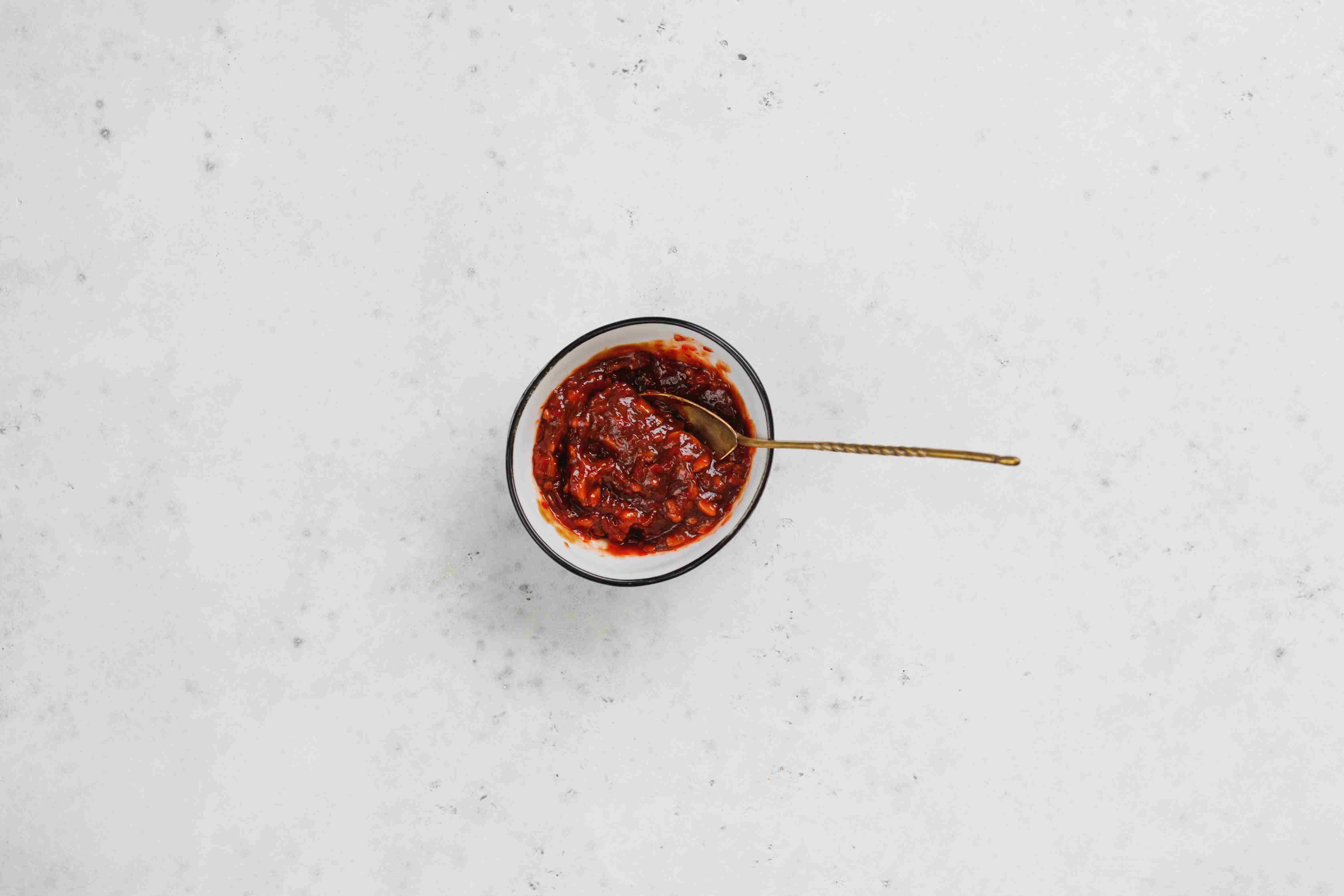 Combine chili paste