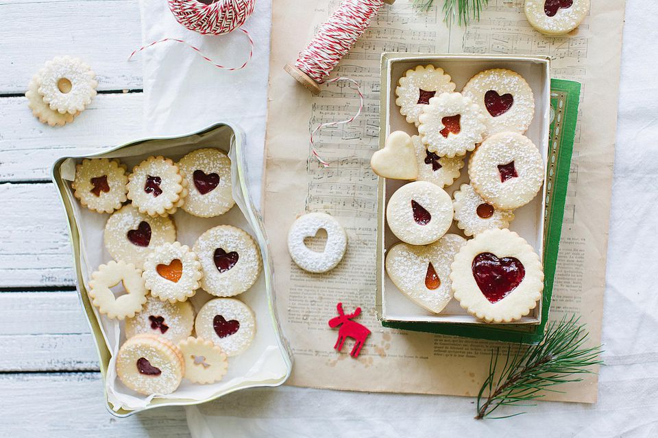 16 Christmas Cookie Recipes From Around the World