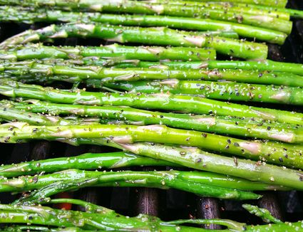 Asparagus on the grill is something everyone enjoys - vegetarians, vegans and omnivores!