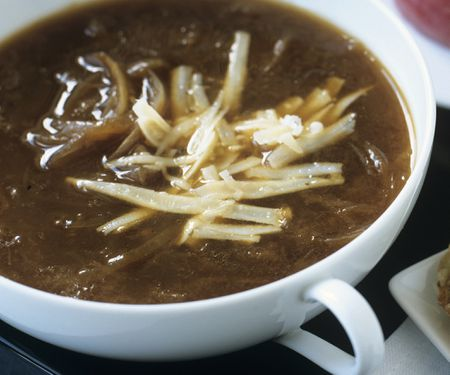 Vegetarian French Onion Soup With Cheese Recipe