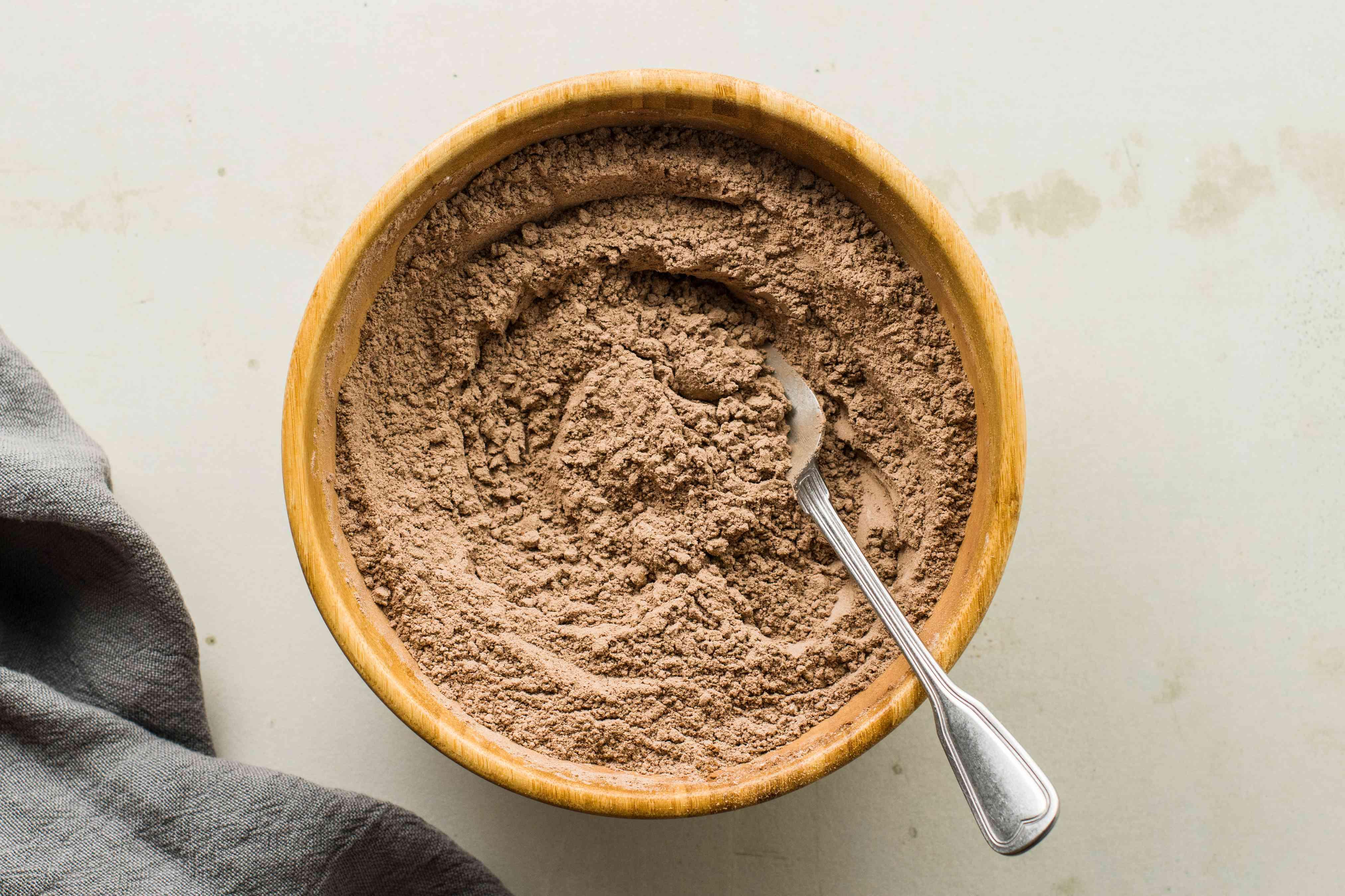 Combine flour and cocoa powder