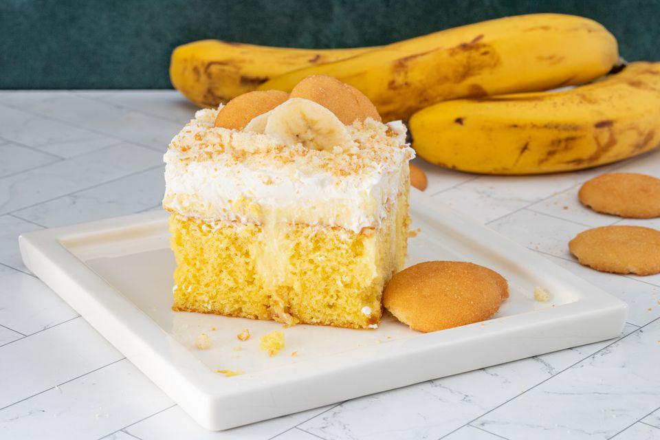 banana poke cake with vanilla wafers