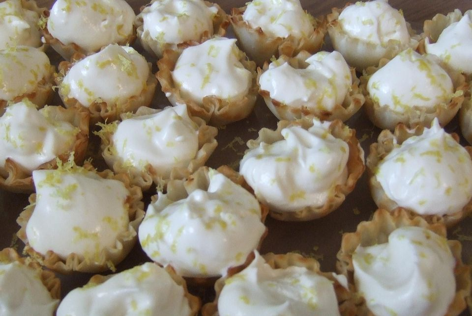Close up of Mini Key Lime Pie Cups