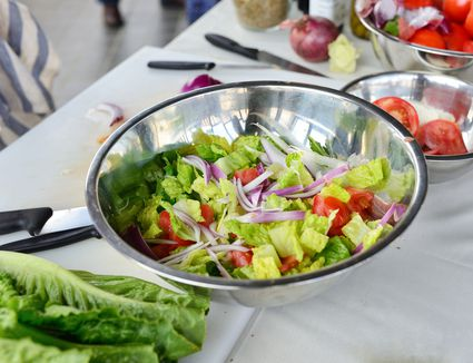 Fresh salad with tomatoes and vegetables