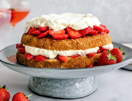 Four ingredient strawberry shortcake recipe