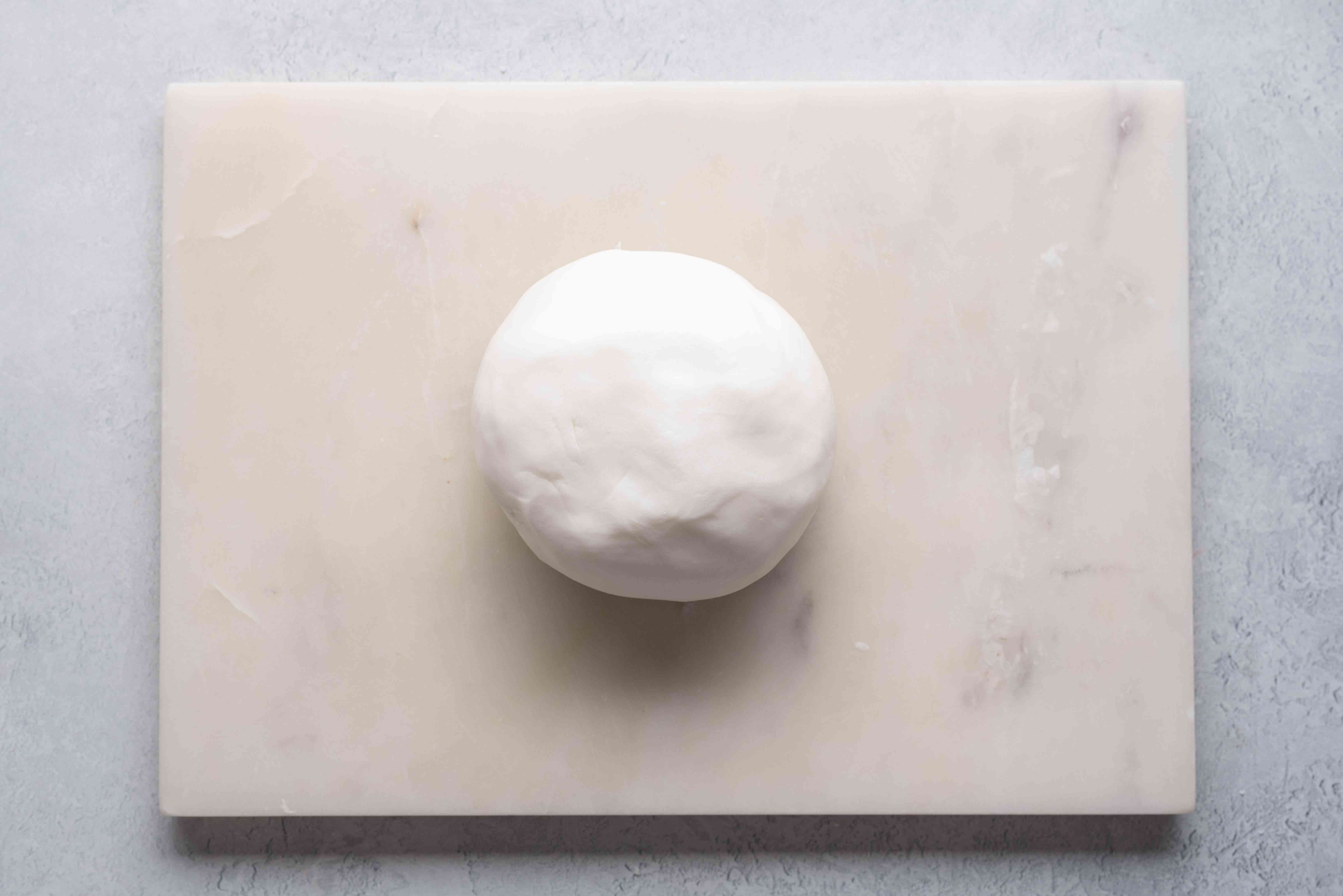 fondant on surface in ball