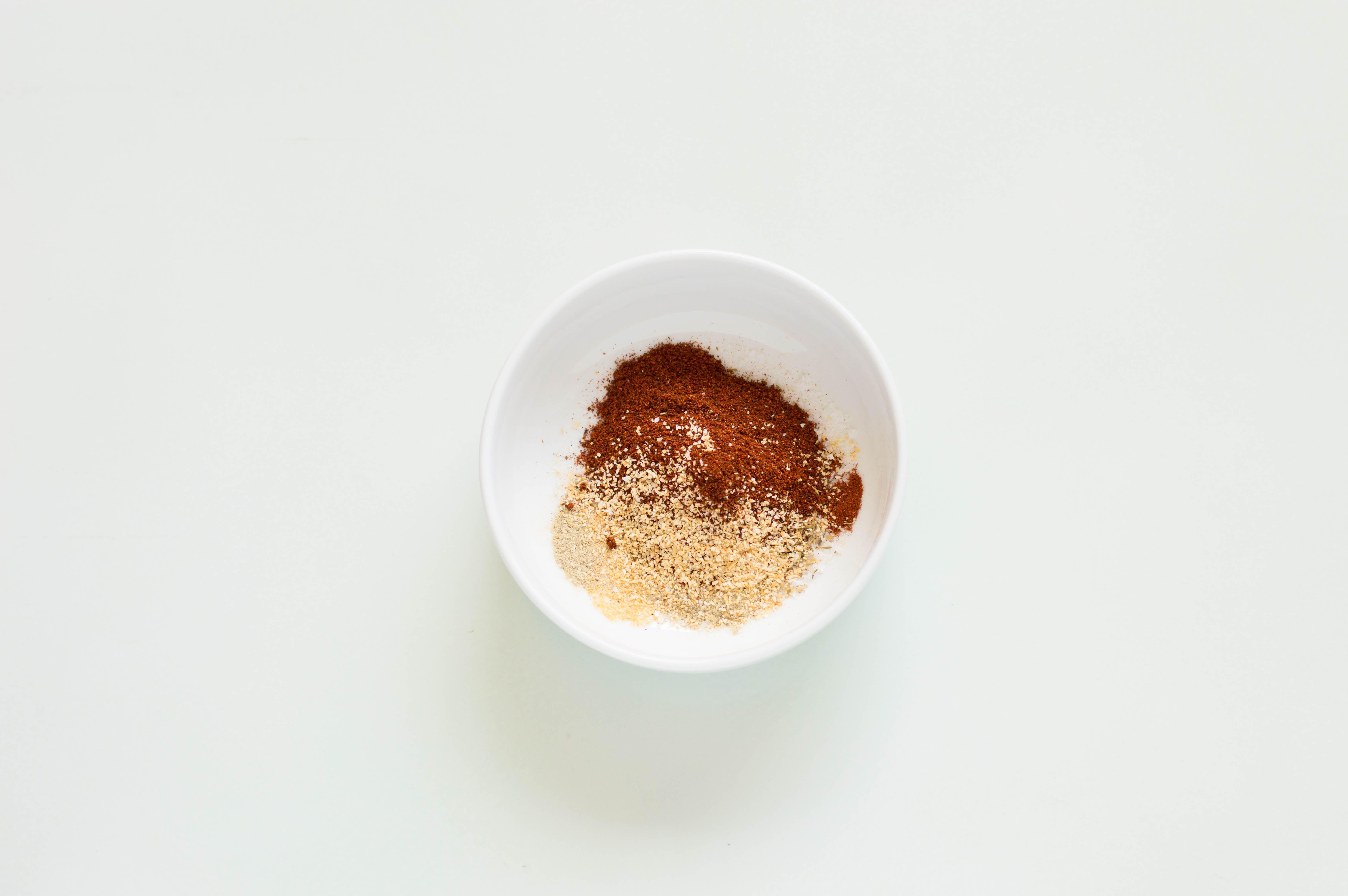 combine spices