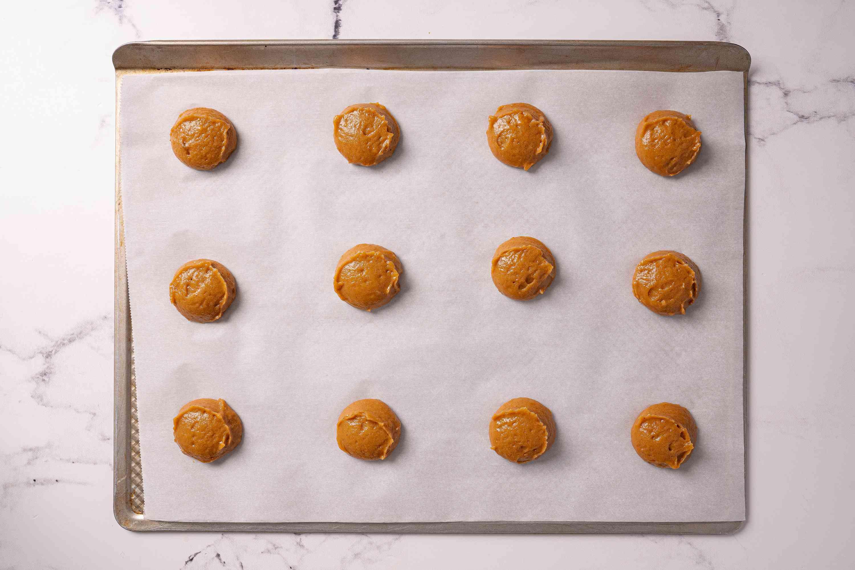 bake the Pumpkin Whoopie Pies