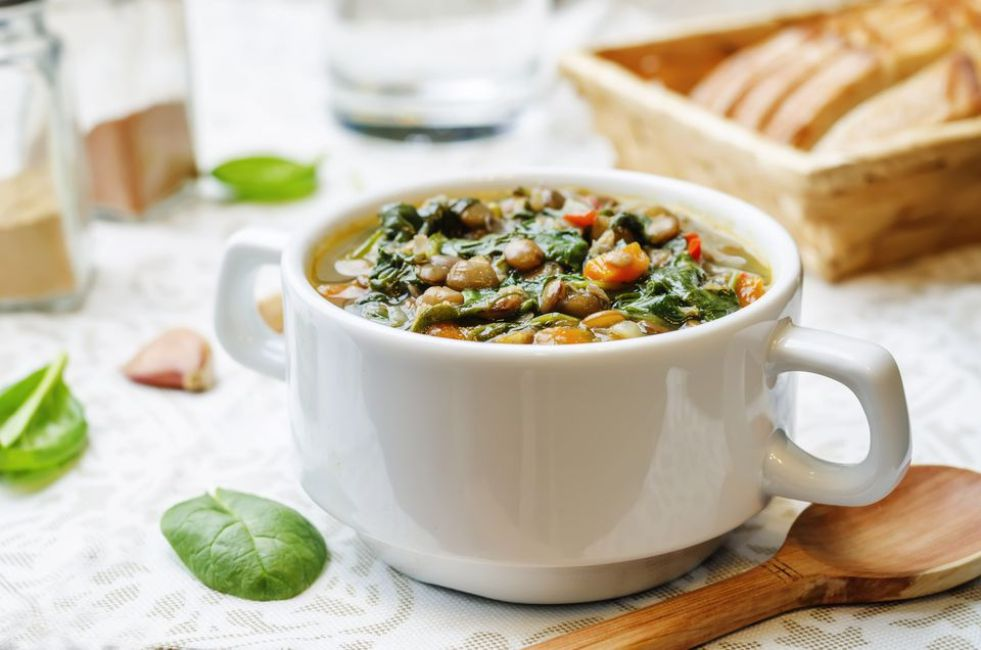 Vegetarian Lentil Soup with Spinach and Carrots