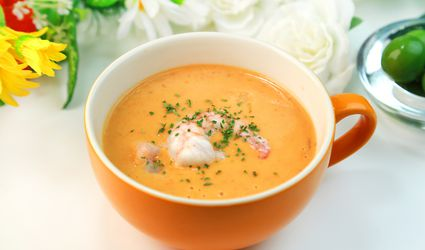 cup of shrimp bisque soup