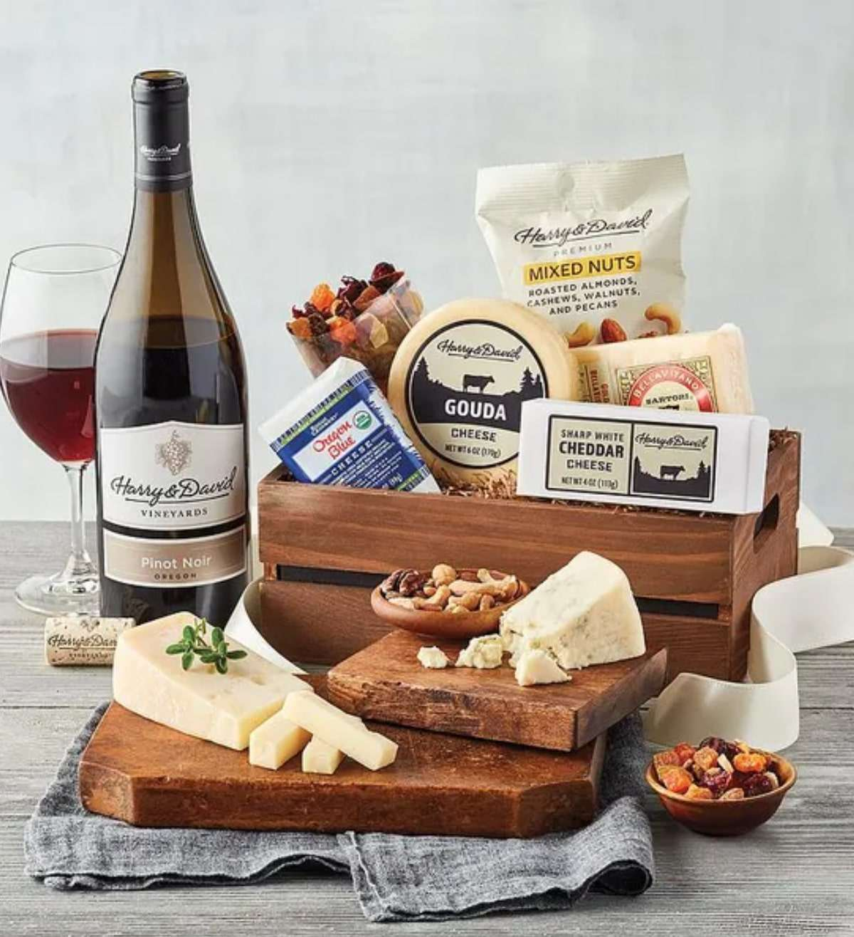 harry-and-david-cheese-with-wine-gift