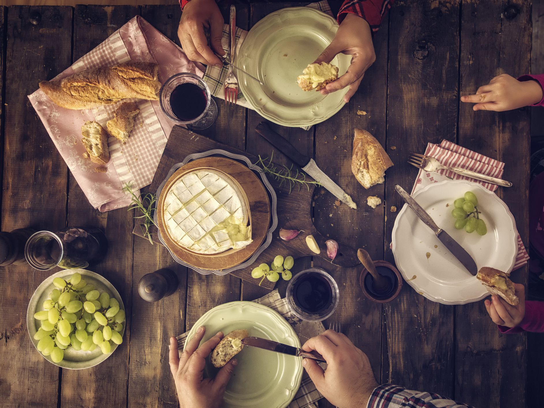 The 7 Courses Of A Formal French Meal