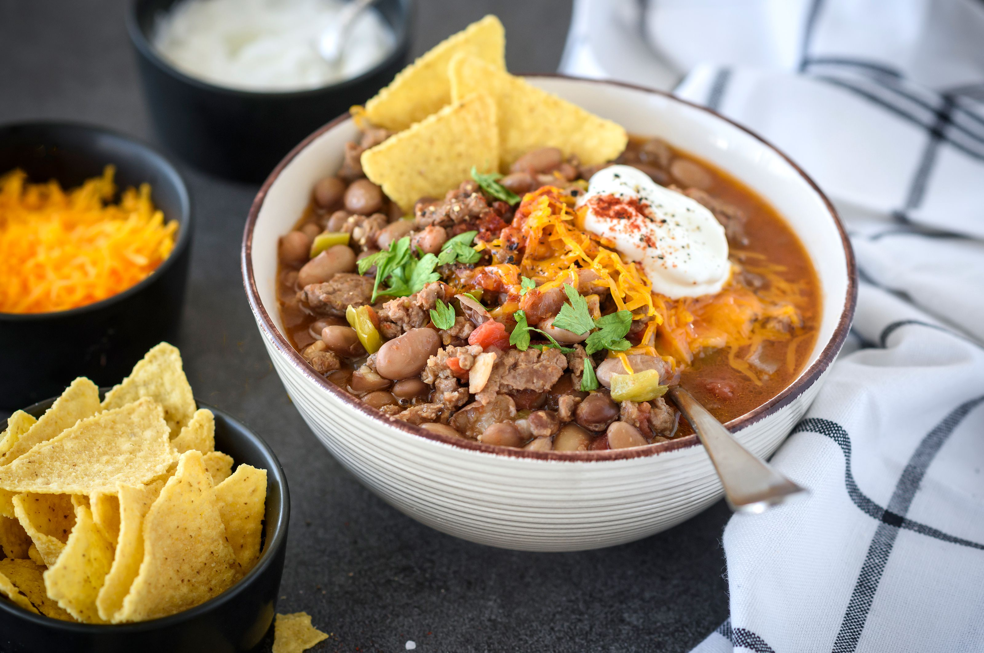 Easy Slow Cooker Pinto Bean Chili With Ground Beef