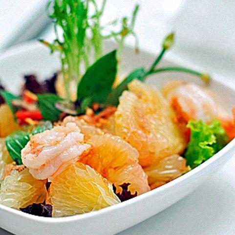 Beautiful Thai Summer Grapefruit Salad!
