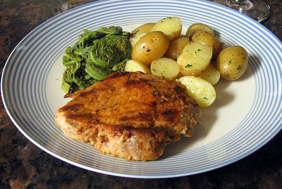 Spice-Rubbed Broiled Pork Chops