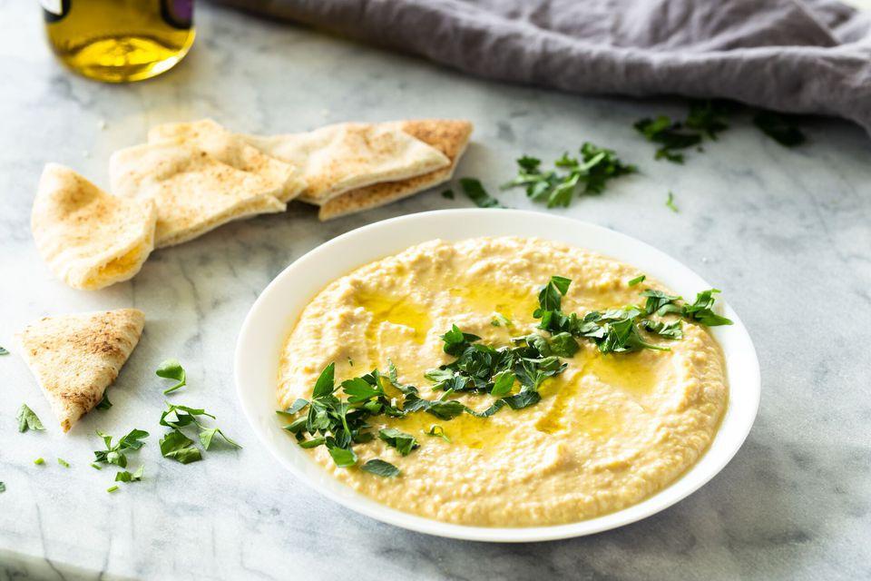 Homemade Hummus With Tahini