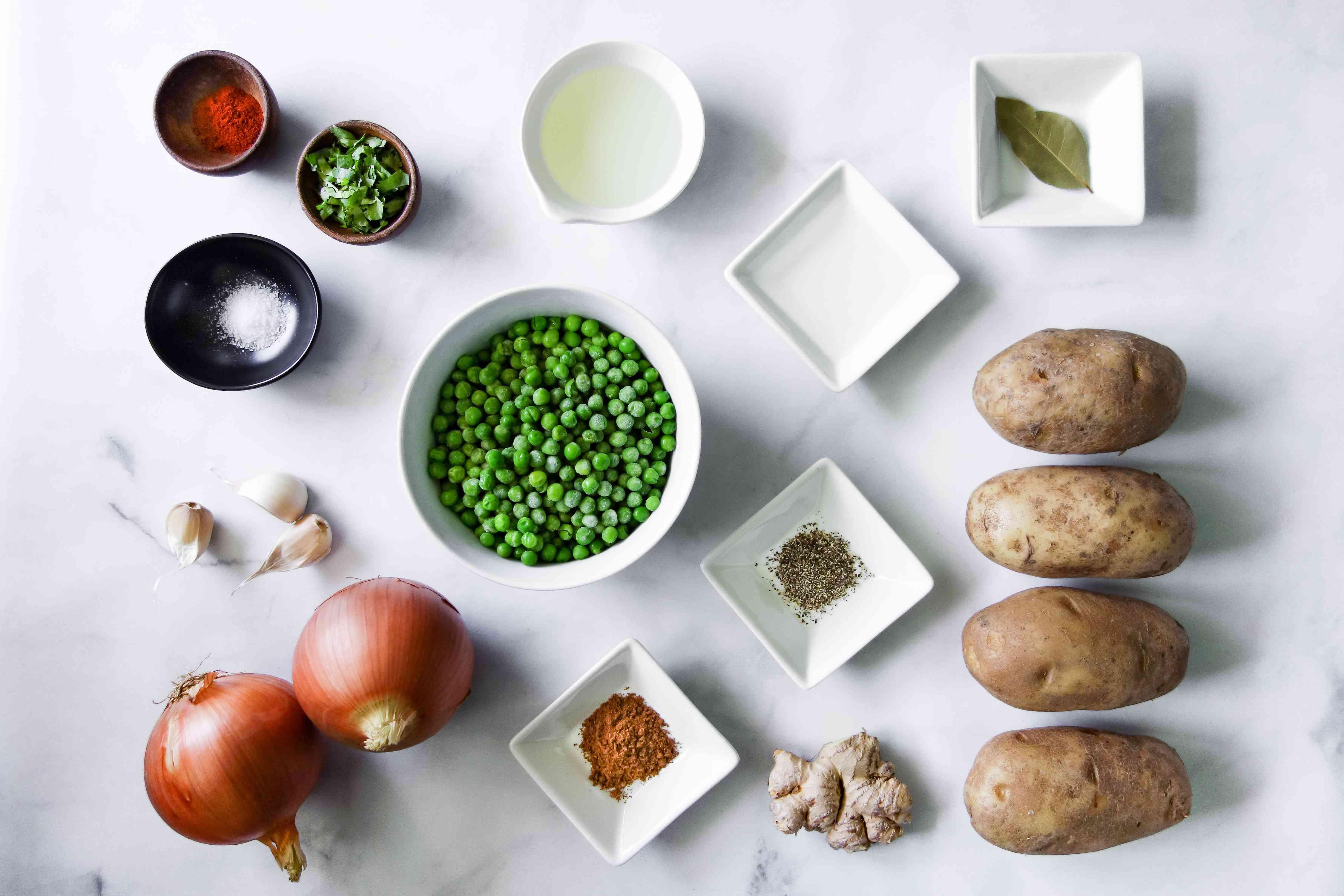 Aloo Matar (Indian Potatoes and Peas) ingredients