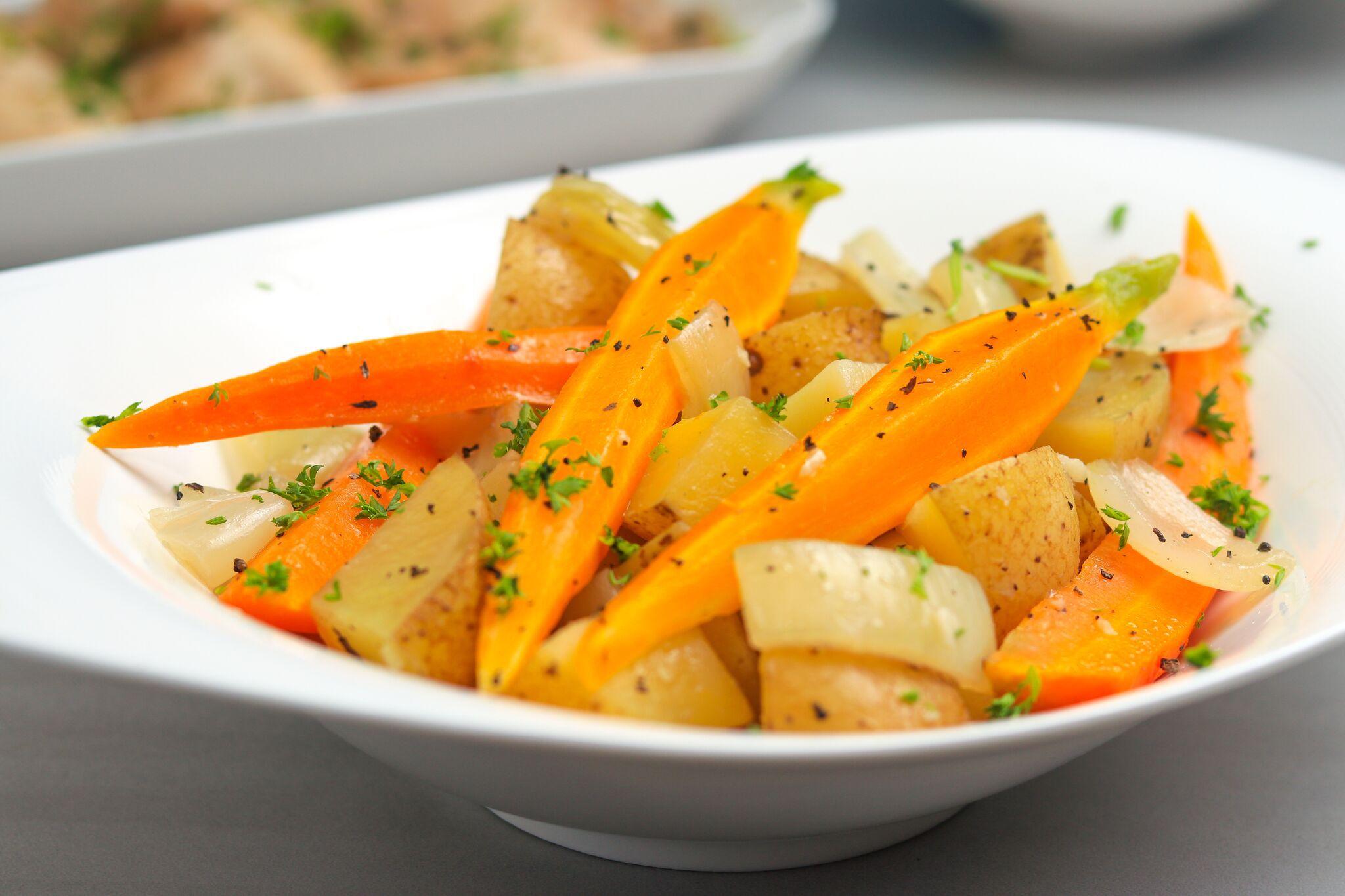 easy crock pot pork roast with potatoes and carrots