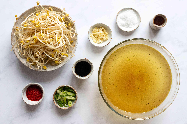 Korean Bean Sprout Soup (Kongnamul Guk) ingredients