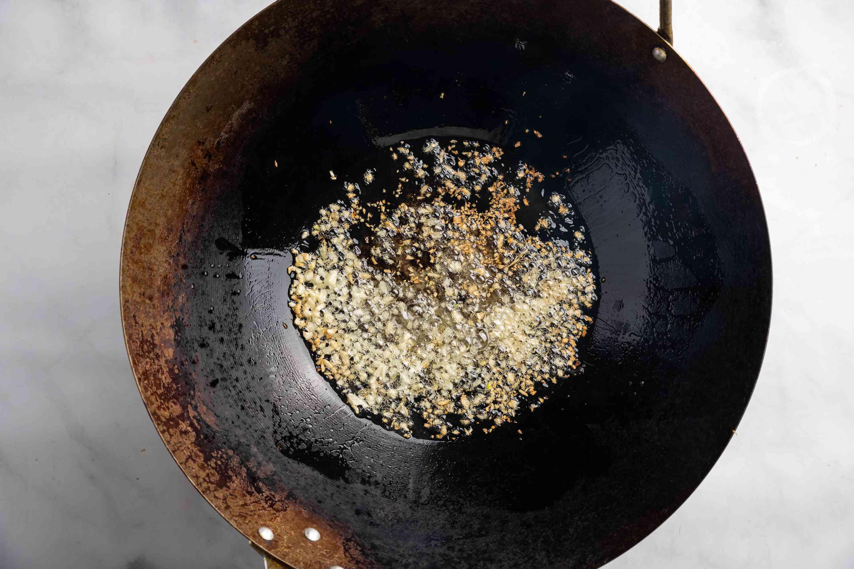 Heat oil and garlic