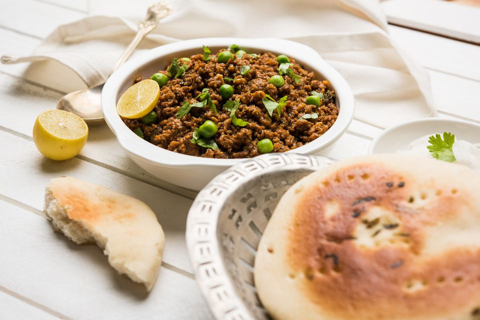 mutton or chicken kheema pav or kulcha