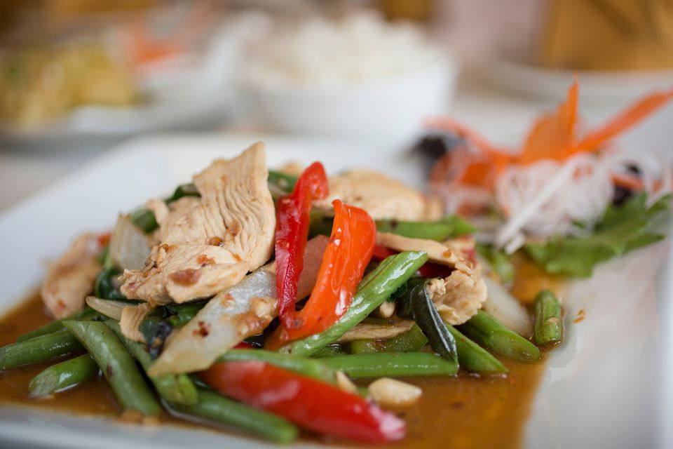 Chicken stir-fry with bell peppers