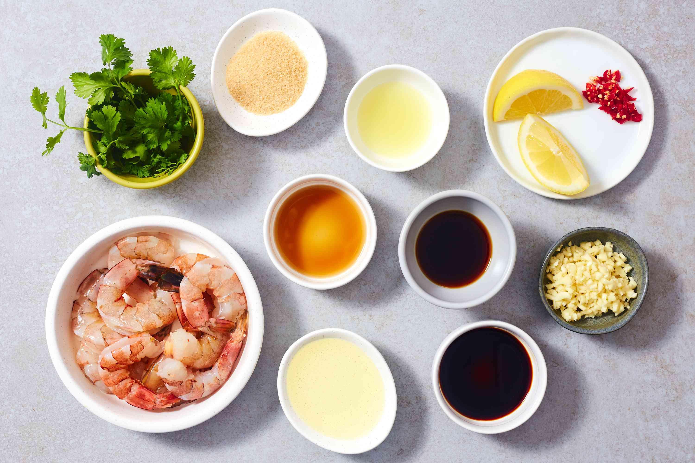 Easy Stir-Fried Thai Garlic Shrimp ingredients