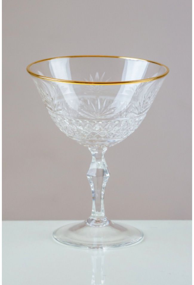 VictoriaCrystalUK Fantail Gold Rimmed Champagne Coupes