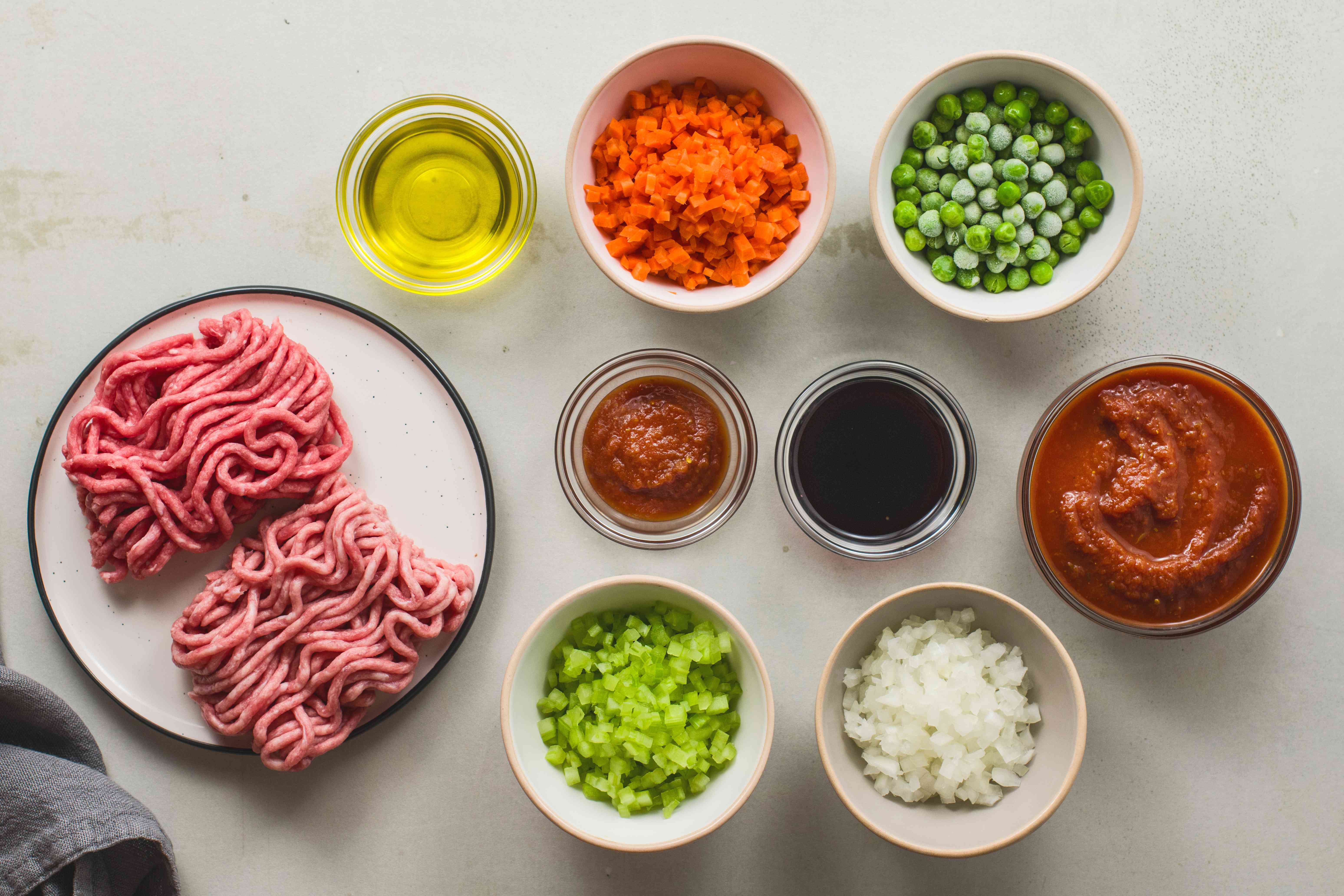 Ingredients for meat sauce