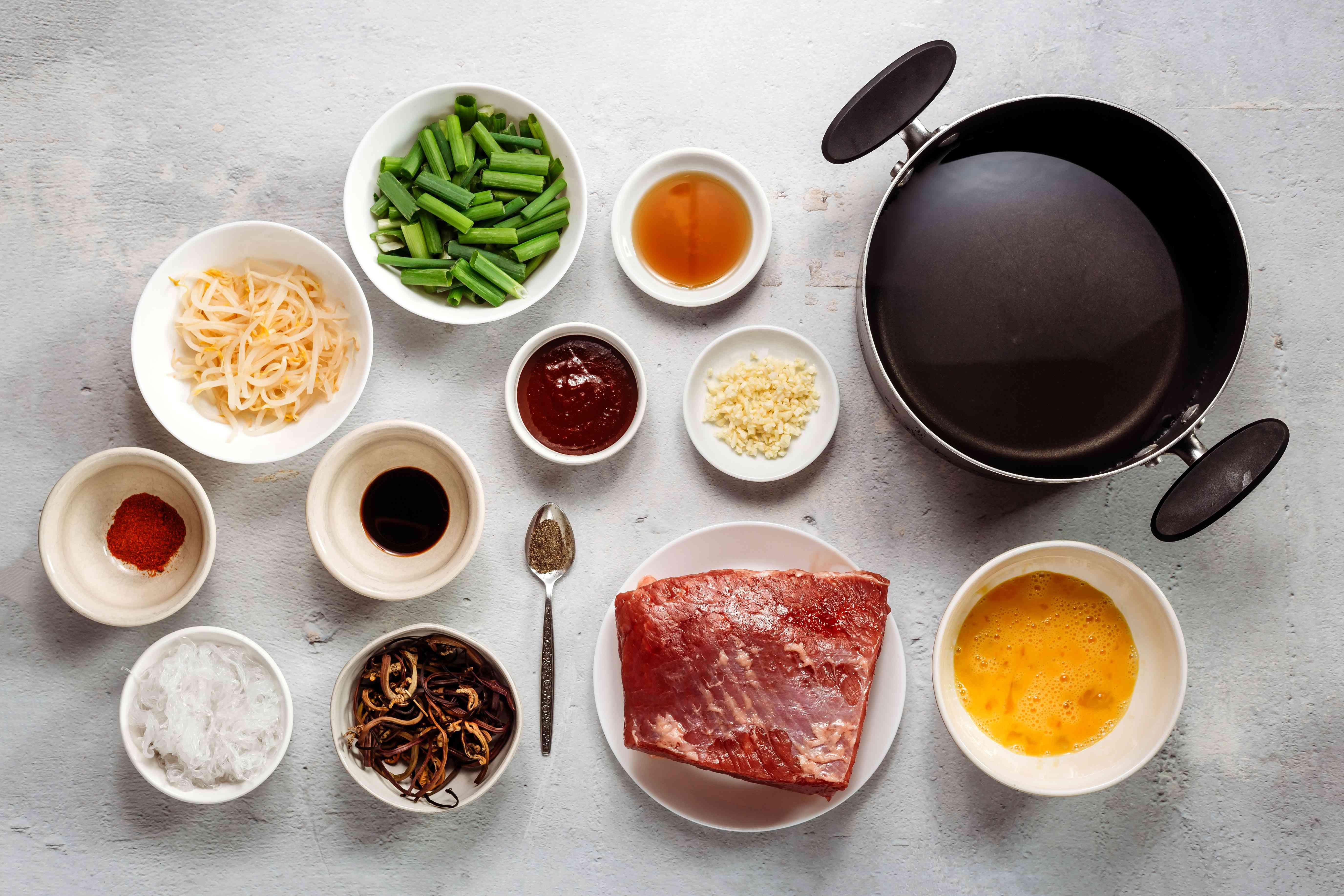 Ingredients for yukgaejang, Korean spicy beef soup