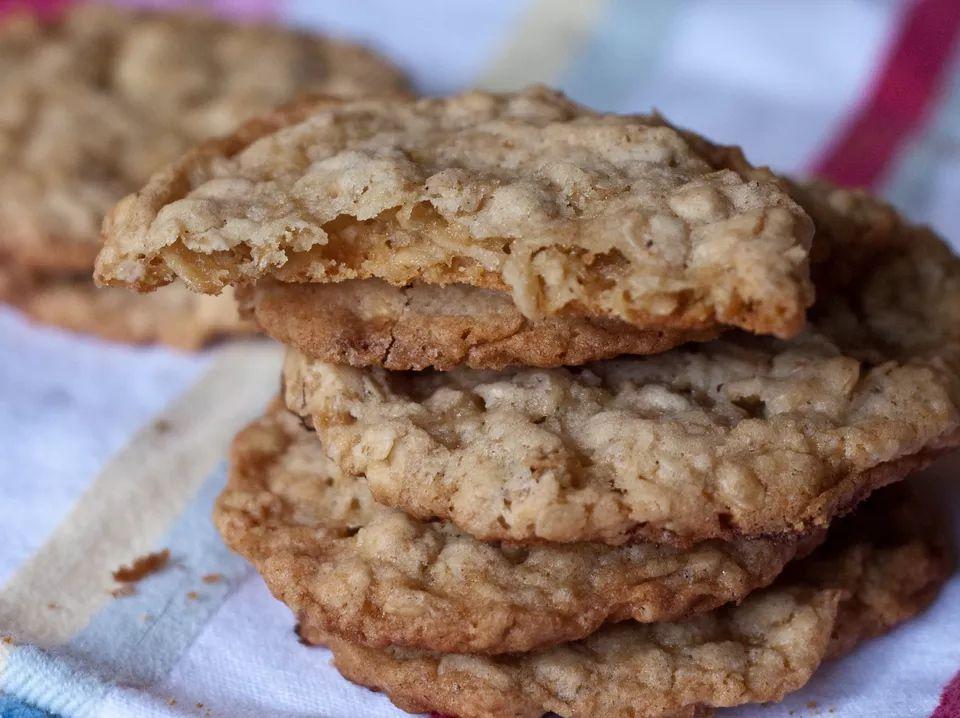 Pineapple Oatmeal Cookies