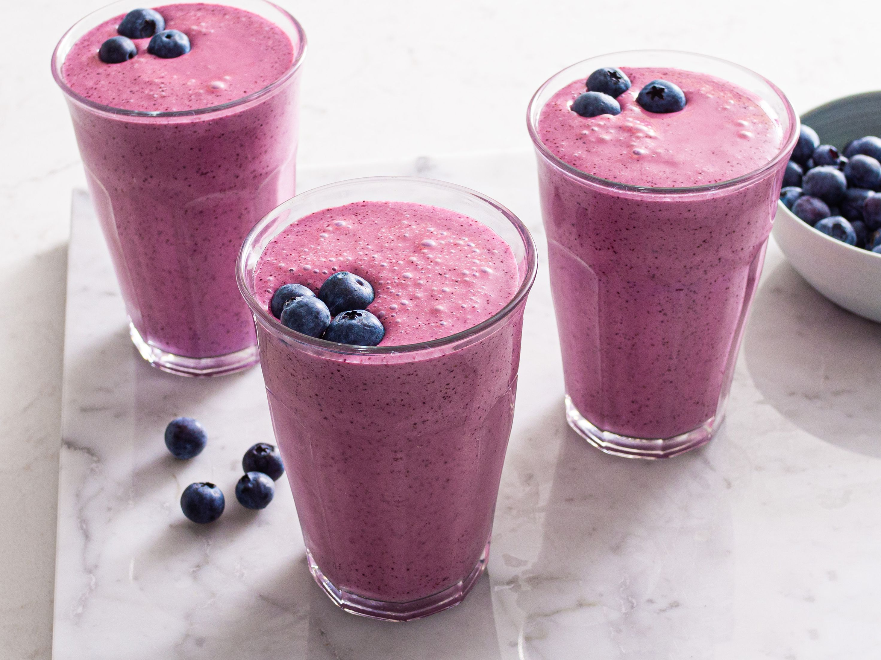 Low-Calorie Blueberry Smoothie Recipe