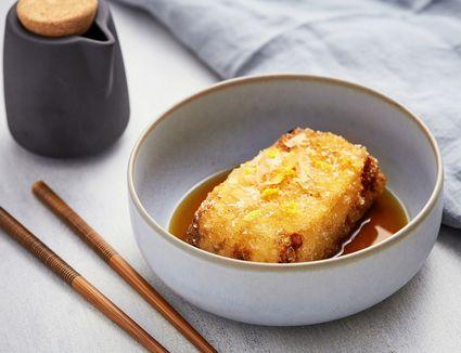 Agedashi Dofu: Japanese Fried Tofu in a Dashi-Based Sauce
