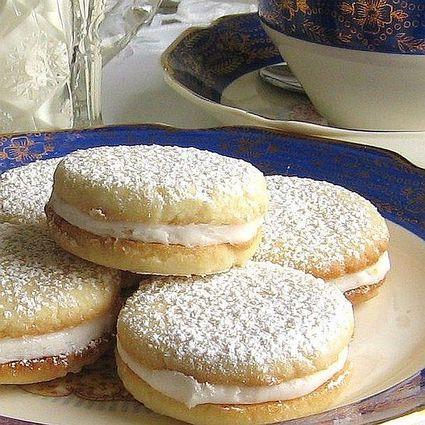 Lemon tea sandwich cookies