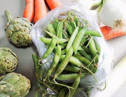 Artichoke peas onions and carrots