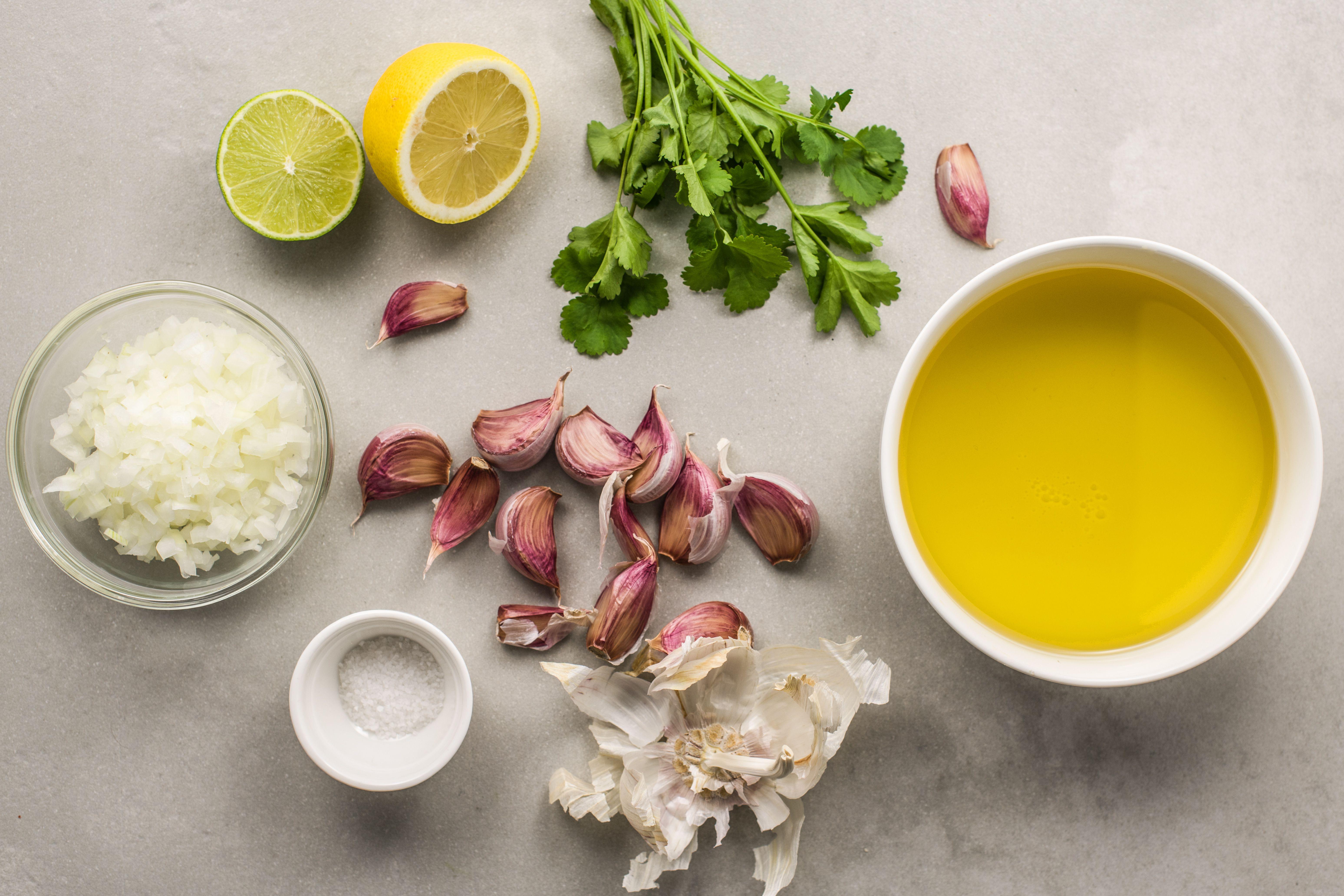 Ingredients for garlic sauce